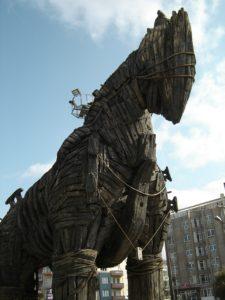 Das Trojanische Pferd entstammt der griechischen Mythologie.