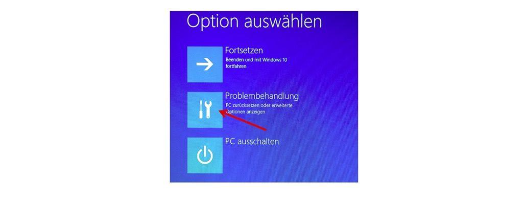"""Klicken Sie im nächsten Schritt auf """"Problembehandlung"""". (Screenshot Windows 10)"""