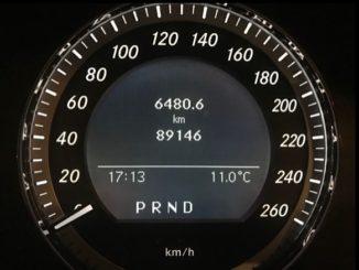 Tachobetrug entlarven: Beim Gebrauchtwagenkauf auf den richtigen Kilometerstand achten