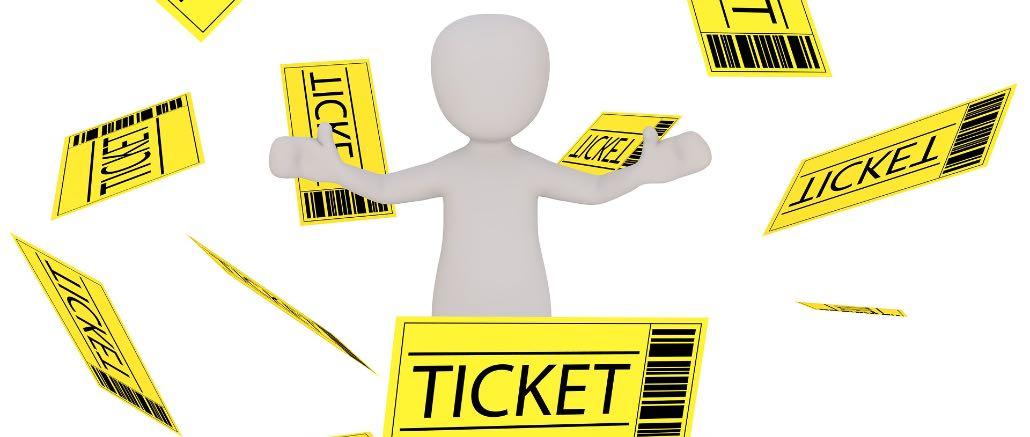 Facebook und Twitter: Vorsicht vor Ticketbetrug