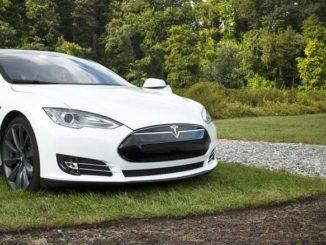 Tesla gehackt