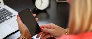 Symbolbild Telefon Handy Smartphone