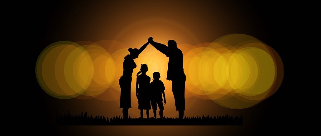 Symbolbild Eltern Kind