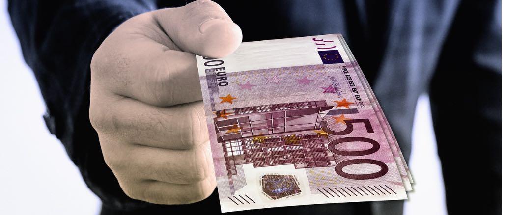 Symbolbild Geld Spende