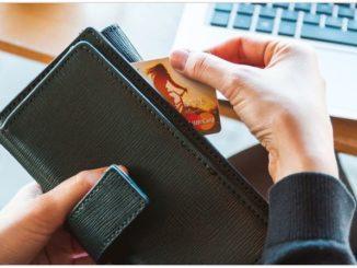 Brieftasche Geld Abofalle Kreditkarte Symbolbild