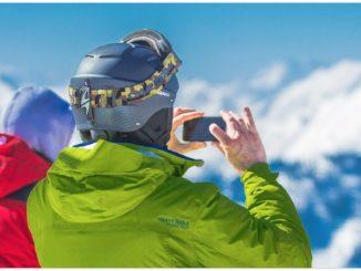 Symbolbild Winter Handy Smartphone kalt