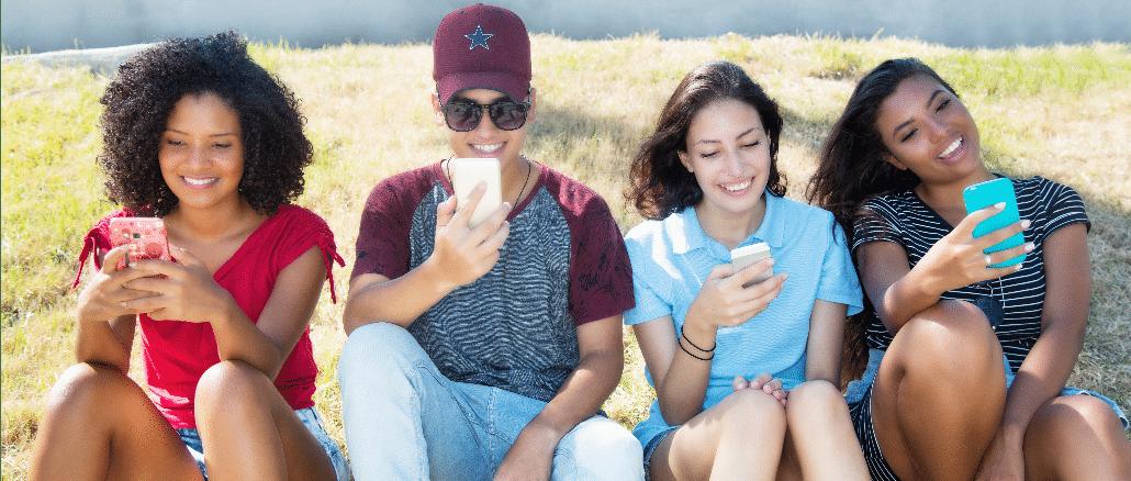Datenvolumen Smartphone Jugendliche Handy