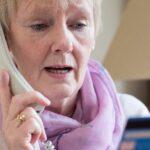 Symbolbild Anruf Senior Kreditkarte