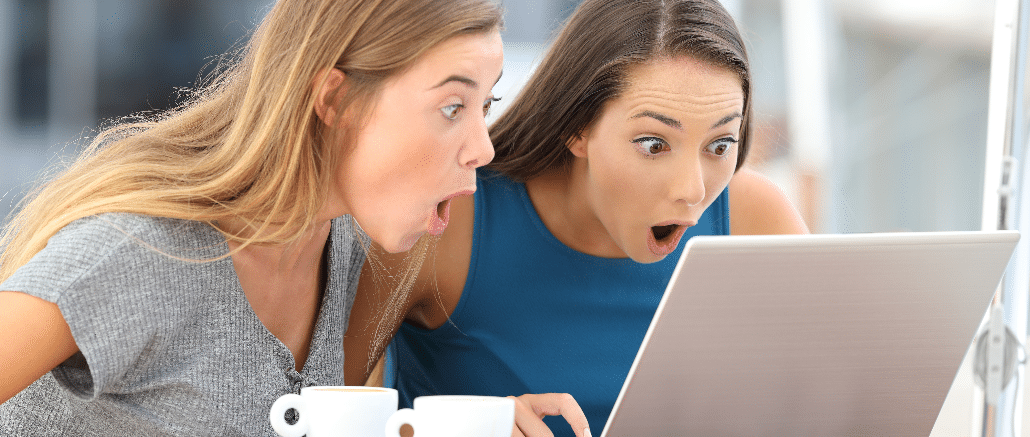 Onlineeinkauf, Onlineshopping, Erstaunt, PC, Frauen