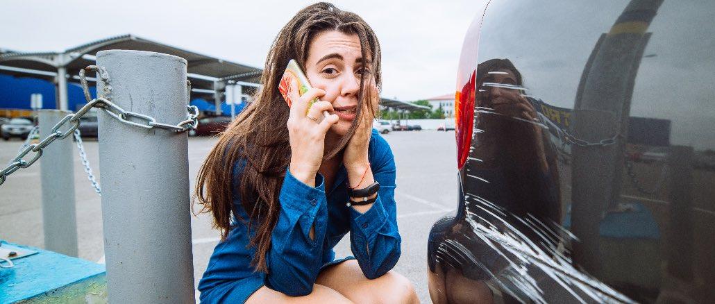 Auto Unfall Symbolbild Video