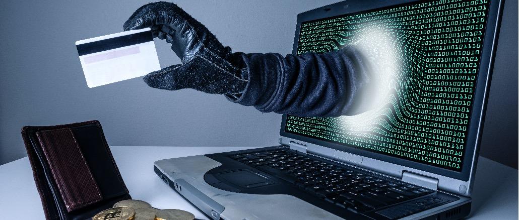 Phishing Kreditkarte Geld Symbolbild