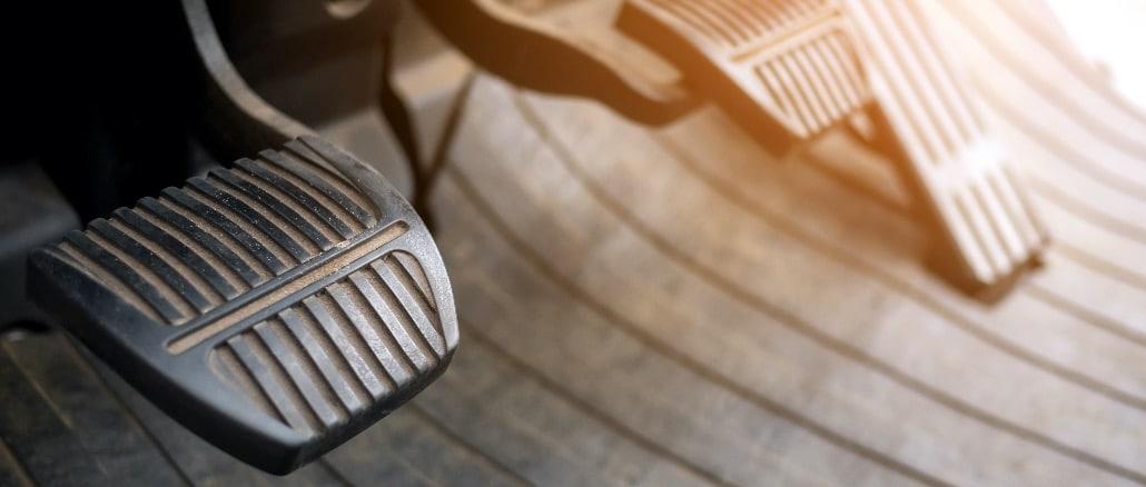 Auto Pedale Symbolbild