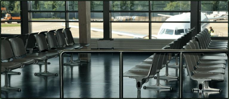 Flughafen Einreise Symbolbild